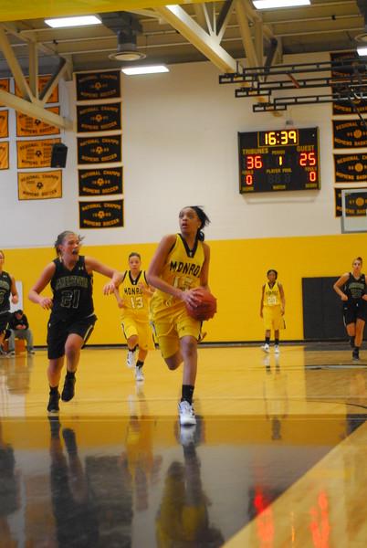 20120225_MCC Basketball_0095