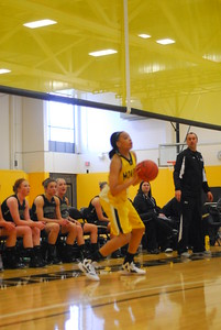 20120225_MCC Basketball_0036