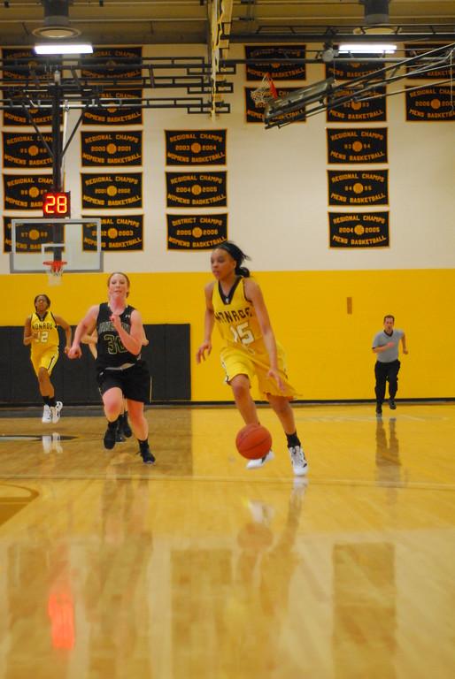 20120225_MCC Basketball_0148