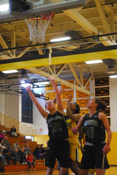 20120225_MCC Basketball_0136