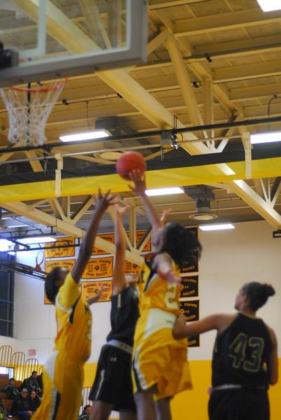 20120225_MCC Basketball_0087