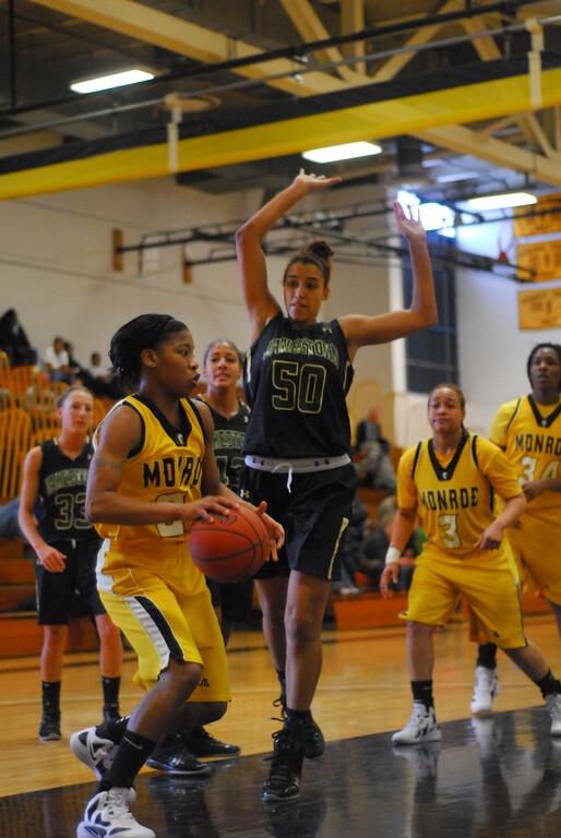 20120225_MCC Basketball_0101