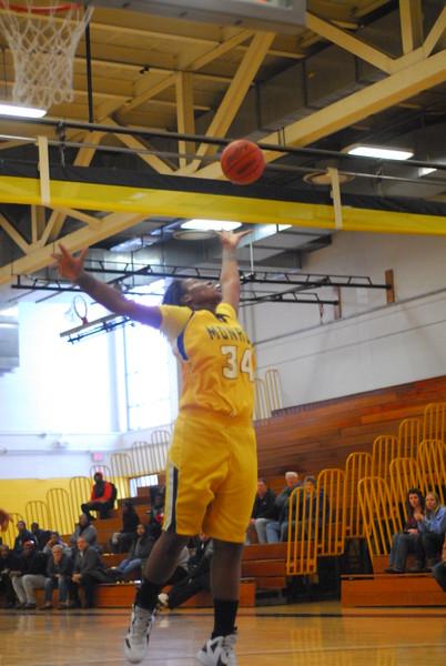 20120225_MCC Basketball_0076
