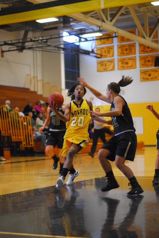 20120225_MCC Basketball_0118