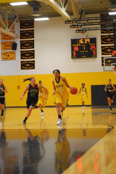 20120225_MCC Basketball_0093