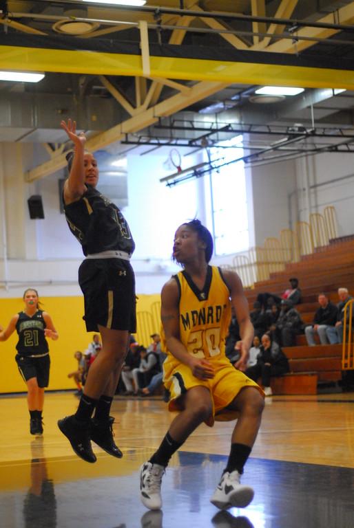 20120225_MCC Basketball_0042