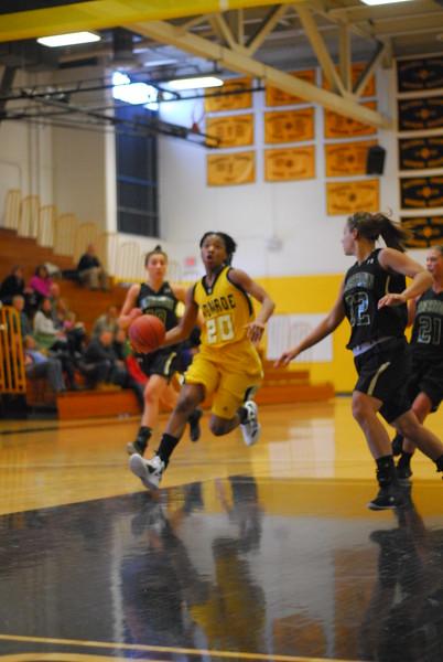 20120225_MCC Basketball_0117