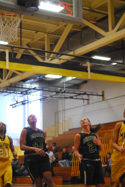 20120225_MCC Basketball_0061