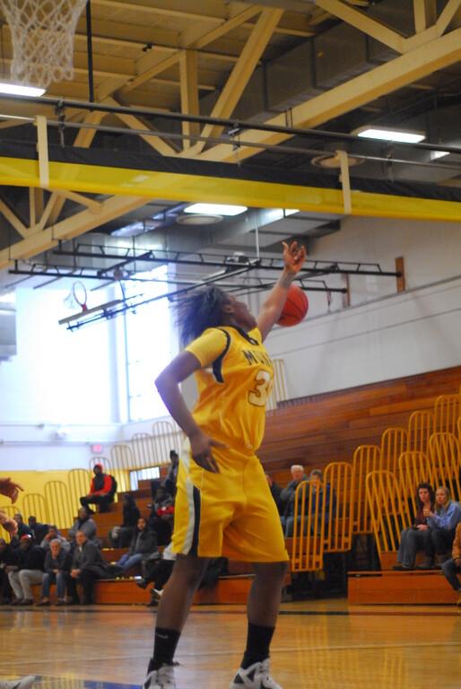 20120225_MCC Basketball_0077