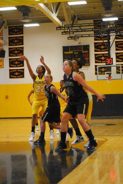 20120225_MCC Basketball_0168