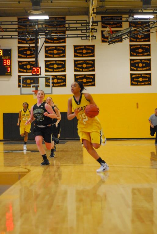 20120225_MCC Basketball_0149