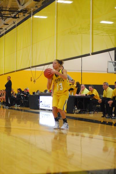 20120225_MCC Basketball_0084