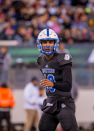 #10, Sr. QB Terrin Earle focuses on winning Montclairs 26th state Championship, MetLife Stadium Dec 1, 2017. Image Scott Kennedy/The Montclair Dispatch.