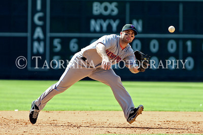 May 15, 2011; Houston, TX, USA; New York Mets infielder David Wright (5) fields a ground ball in the ninth inning against the Houston Astros at Minute Maid Park. The Mets defeated the Astros 7-4. Mandatory Credit: Troy Taormina-US PRESSWIRE