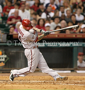 May 27, 2011; Houston, TX, USA; Arizona Diamondbacks infielder Ryan Roberts (14) bats in the fourth inning  against the Houston Astros at Minute Maid Park. Mandatory Credit: Troy Taormina-US PRESSWIRE