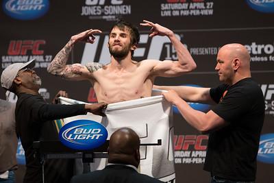 UFC159_WeighIns-94