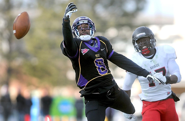 Pat Christman<br /> A pass is just out of reach for Minnesota State's Dennis Carter during the second half Saturday.