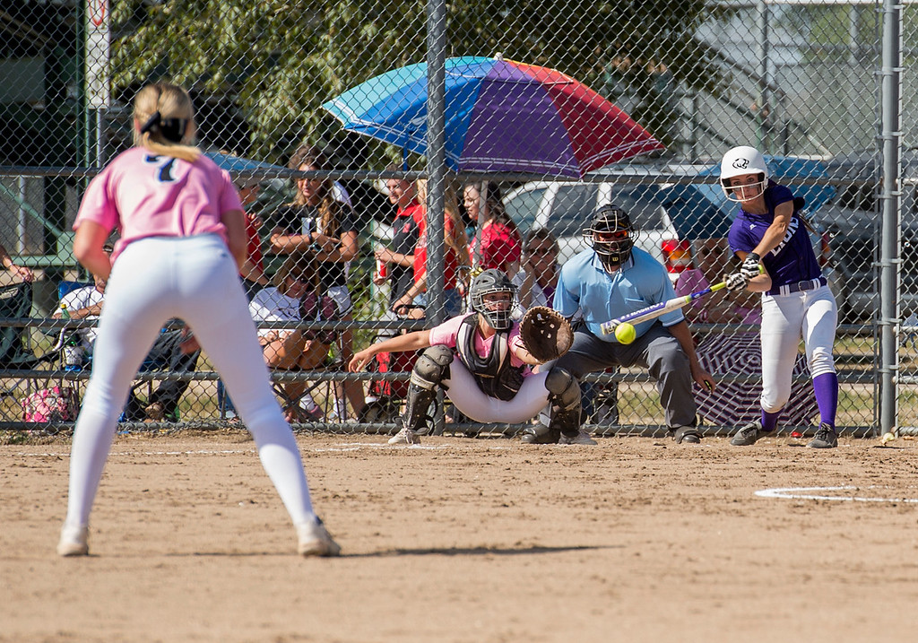. Mountain View\'s Kendra Seely (4) drives a ball into the Loveland defense Saturday afternoon Sept. 17, 2016 during a 5-0 Indians victory on the Mountain Lions home field in Loveland. (Photo by Michael Brian/Loveland Reporter-Herald)