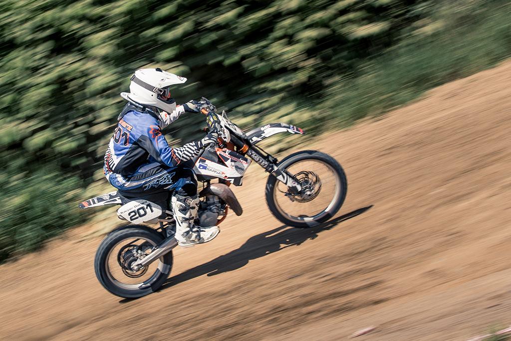 IMAGE: http://mkstudio.smugmug.com/Sports/MX/i-3CVSmrk/0/X2/IMG_2476s-X2.jpg