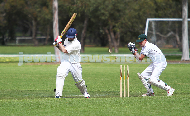13-10-12. Maccabi Cricket v Powerhouse. Mark Soffer, attempted stumping. Photo: Peter Haskin