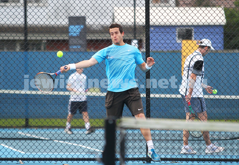 Maccabi Tennis pennent . 26-5-12. Paul Arber. Photo: Peter Haskin