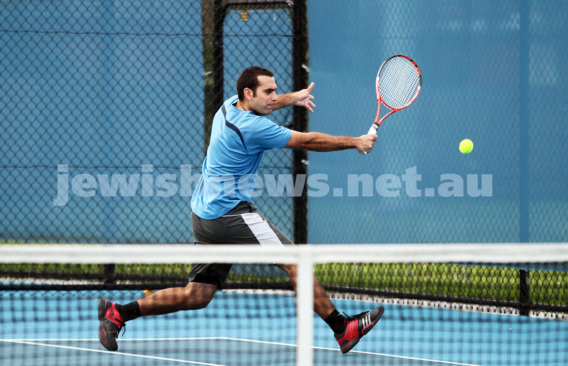 Maccabi Tennis pennent . 26-5-12. Asaf Nagar. Photo: Peter Haskin