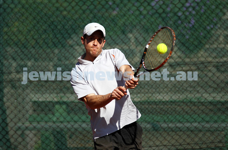 20-8-11. Maccabi Tennis pennant finals. Paul Arber. Photo: Peter Haskin