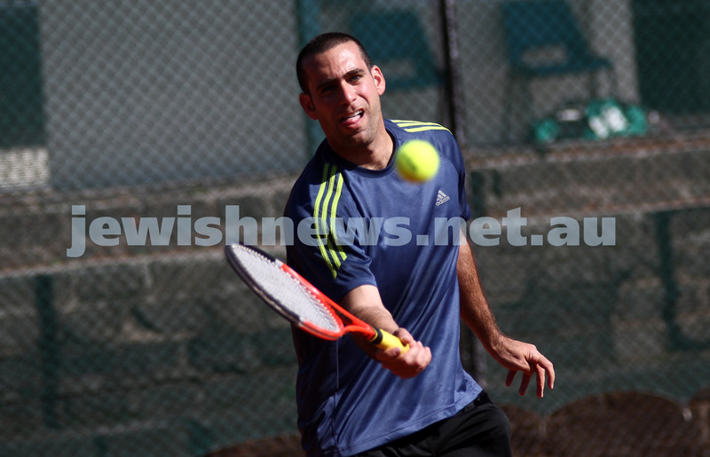 20-8-11. Maccabi Tennis pennant finals. Asaf Nagar. Photo: Peter Haskin