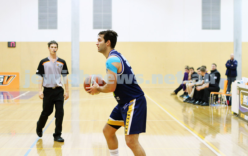 1-6-14. Basketball. Maccabi Warriors lost to Mornington Breakers. 43-61.  Josh Burns.  Photo: Peter Haskin