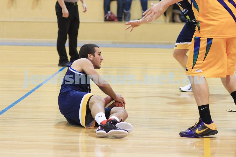 1-7-12. Maccabi Warriors basketball v Mornington. Photo: Peter Haskin