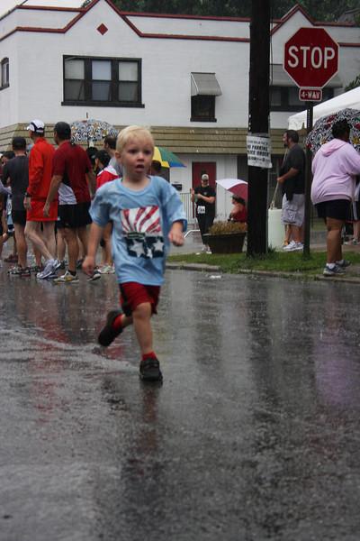 Macklind Mile 2009