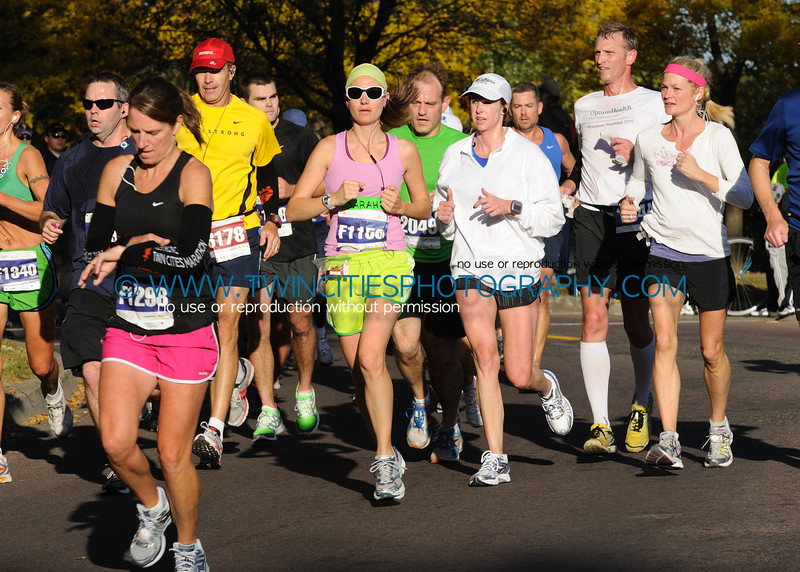 "<font size=""4"" face=""Verdana"" font color=""white"">#F1156 SARAH CAMPEAU</font><br><p> <font size=""2"" face=""Verdana"" font color=""turquoise"">2011 Twin Cities Marathon</font><br><font size=""2"" face=""Verdana"" font color=""white"">Order a photo print of any photo by clicking the 'Buy' link above.</font>  <font size = ""2"" font color = ""gray""><br> TIP: Click the photo above to display a larger size</font>"