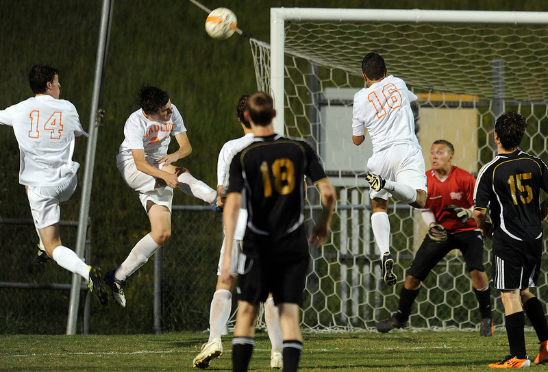 The Mauldin Mavericks played host to the Hillcrest Rams in a Region 2-AAAA Soccer Match.<br /> GWINN DAVIS PHOTOS<br /> gwinndavis@gmail.com  <br /> (864) 915-0411