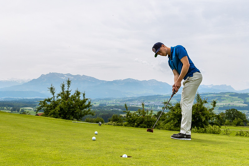Golf Practice: Loris Vopalka