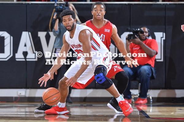 NCAA BASKETBALL:  DEC 05 VMI at Davidson