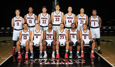 2016-17 Omaha men's basketball team photo