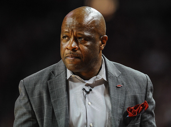 Arkansas head coach Mike Anderson during a basketball game between Arkansas and Tennessee Tech on December 12, 2015.    (Alan Jamison, Nate Allen Sports Service)