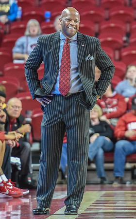 Arkansas head coach Mike Anderson during a basketball game between Arkansas and Charleston Southern on November 20, 2015.    (Alan Jamison, Nate Allen Sports Service)