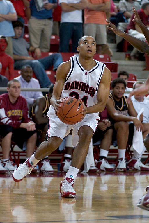 davidson college versus concordia men's basketball ncaa sports photos pics pictures photography