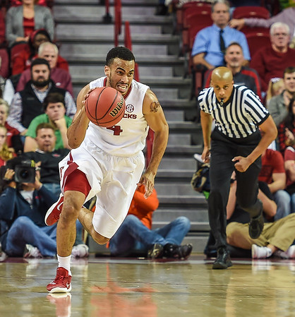 Arkansas Razorbacks guard Jabril Durham (4) at point during a basketball game between Arkansas and Charleston Southern on November 20, 2015.    (Alan Jamison, Nate Allen Sports Service)