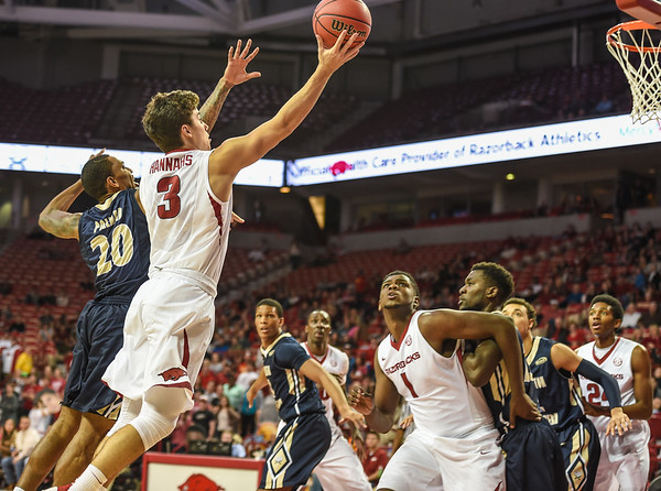 Arkansas Razorbacks guard Dusty Hannahs (3) with a shot during a basketball game between Arkansas and Charleston Southern on November 20, 2015.    (Alan Jamison, Nate Allen Sports Service)