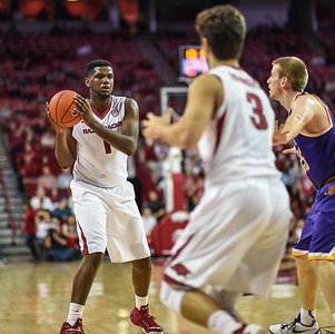 Arkansas Razorbacks forward Trey Thompson (1) passes to Arkansas Razorbacks guard Dusty Hannahs (3) during a basketball game between Arkansas and Tennessee Tech on December 12, 2015.    (Alan Jamison, Nate Allen Sports Service)
