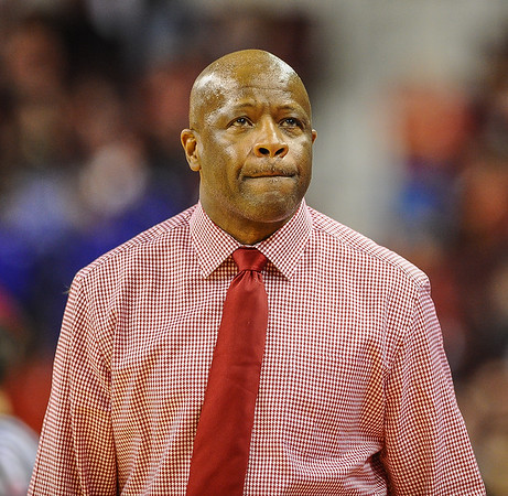 Arkansas Razorbacks head coach Mike Anderson during a basketball game between Arkansas and Mercer on December 19, 2015.    (Alan Jamison, Nate Allen Sports Service)