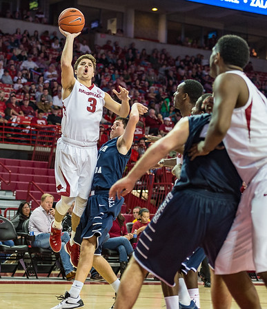 Arkansas Razorbacks guard Dusty Hannahs (3) shoots during a basketball game between Arkansas and North Florida on December 22, 2015.    (Alan Jamison, Nate Allen Sports Service)
