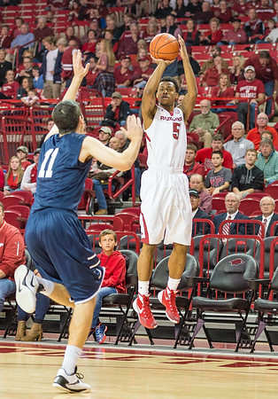 Arkansas Razorbacks guard Anthlon Bell (5) scored 20 points during a basketball game between Arkansas and North Florida on December 22, 2015.    (Alan Jamison, Nate Allen Sports Service)