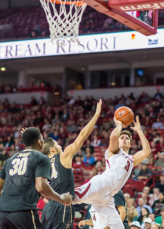 Arkansas Razorbacks guard Dusty Hannahs (3) shoots after being fouled during a basketball game between Arkansas and Vanderbilt on January 5, 2016.    (Alan Jamison, Nate Allen Sports Service)