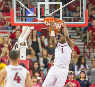 during a basketball game between Arkansas and Missouri on 2-20-16.   (Alan Jamison, Nate Allen Sports Service)