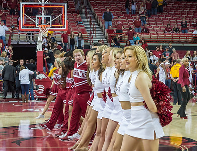 Post game cheer after the basketball game between Arkansas and Missouri on 2-20-16.   (Alan Jamison, Nate Allen Sports Service)