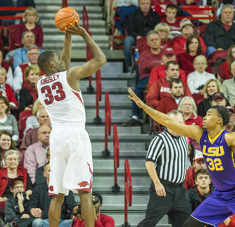 Arkansas Razorbacks forward Moses Kingsley (33) shoots a jump shot during a basketball game between Arkansas and LSU on 2-23-16.   (Alan Jamison, Nate Allen Sports Service)