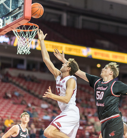 Arkansas Razorbacks forward Brachen Hazen (12) shoots  during a basketball game between Arkansas and Central Missouri on Friday, October 28, 2016.  (Alan Jamison, Nate Allen Sports Service)